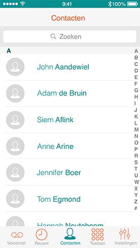 iPhone met een screenshot van het Dubline contacten overzicht - een telefoon met twee nummers